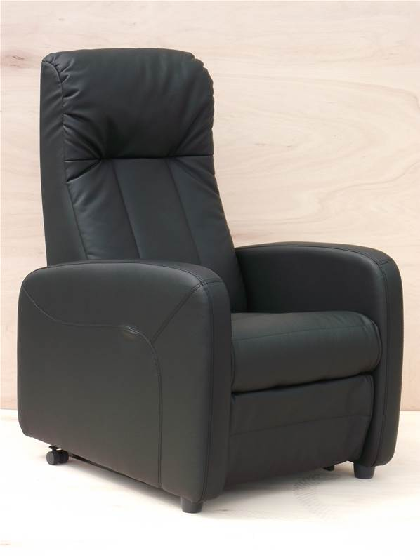 fauteuil releveur lectrique en cuir asteria medilax. Black Bedroom Furniture Sets. Home Design Ideas